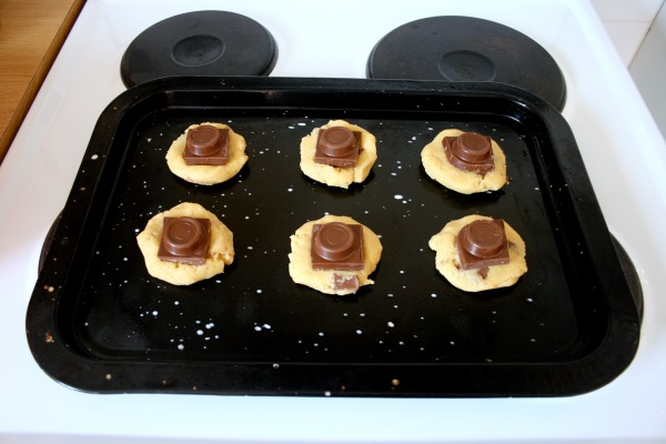 I had to use the big Rolo slabs as my initial Rolo supply because they didn't have any rolls the first time I went. This meant massive cookies, but that's not a legitimate problem, is it?